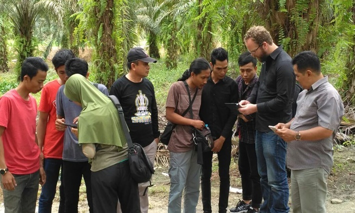 "Kerjasama Penelitian Fakultas Pertanian UPB dengan Lembaga Riset International ""CIFOR"""
